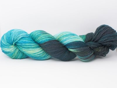 Atlantis* Merino-Twin 4-ply