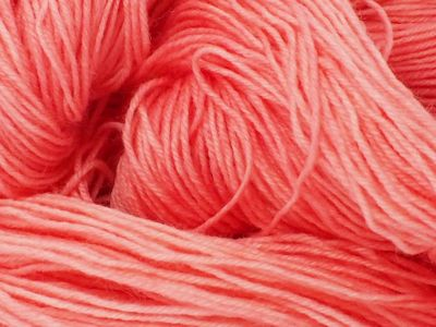 Coral Pink* Sockyarn 4-ply fingering weight