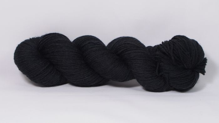 Black* Merino-Twin 4-ply