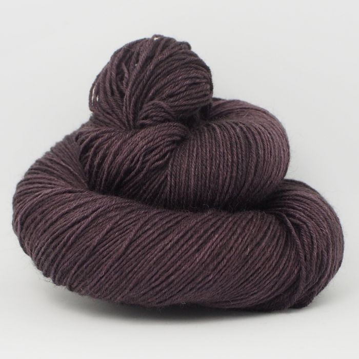 Eggplant* Sockyarn 4-ply fingering weight
