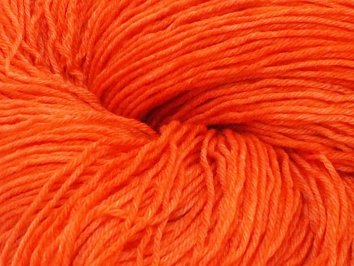 Fox orange* Merino-Twin 4-ply
