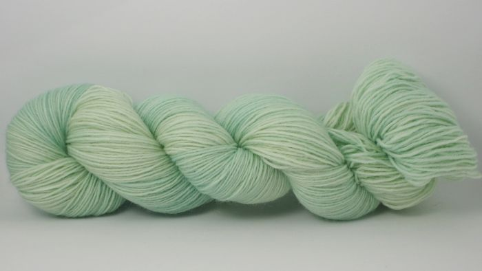 Seafoam* Sockyarn 4-ply fingering weight